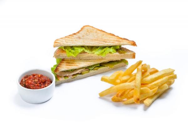 Сэндвич с копченой куриной грудкой
