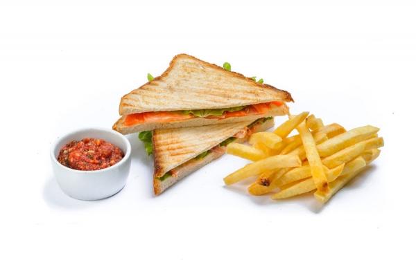 Сэндвич с копченой семгой